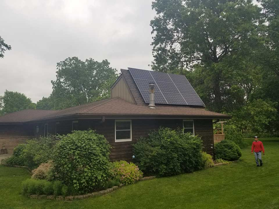 Winnebago, IL | 42 Solar Panels